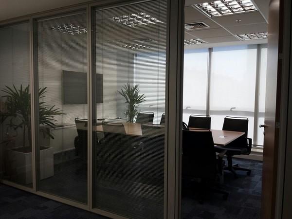 Como usar luz natural na empresa